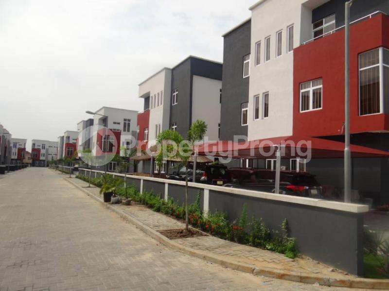 4 bedroom Semi Detached Duplex House for rent Vintage estate close to Shoprite Jakande Lekki Lagos - 3