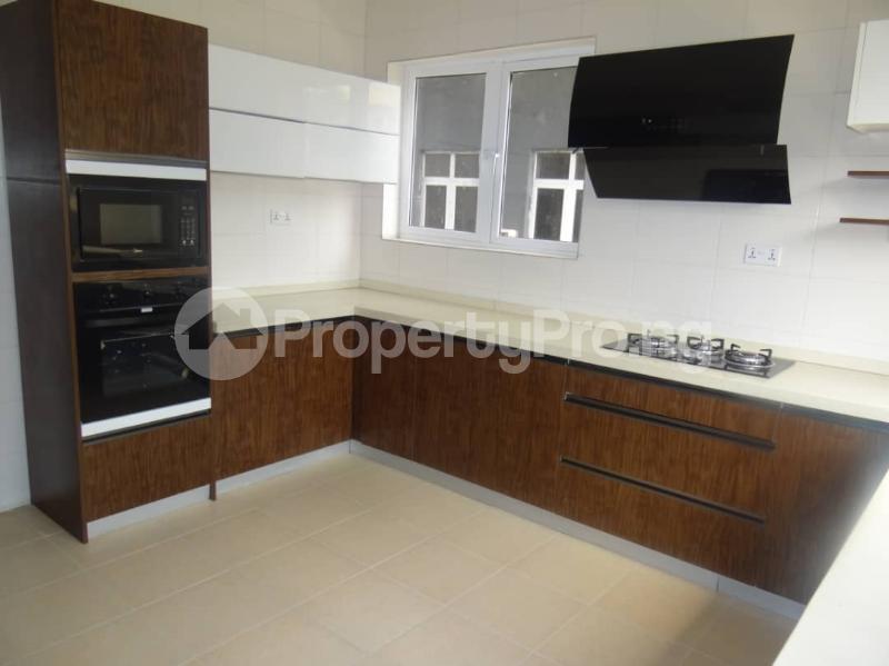 4 bedroom Semi Detached Duplex House for rent Vintage estate close to Shoprite Jakande Lekki Lagos - 4