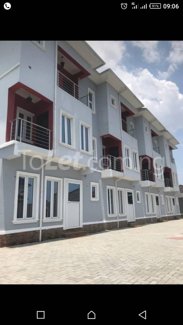4 bedroom House for sale off new road,atlantic view estate,before chevron chevron Lekki Lagos - 0