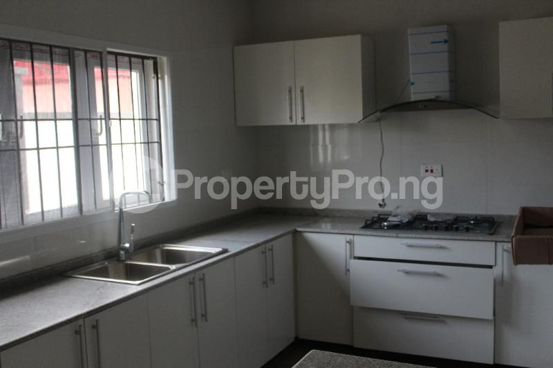 4 bedroom House for sale elegushi by third roundabout Ikate Lekki Lagos - 7
