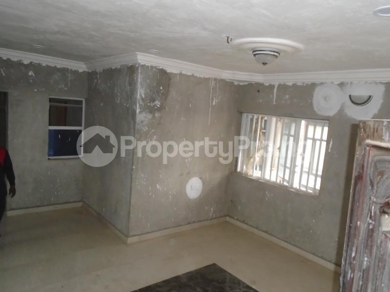 3 bedroom Blocks of Flats House for rent secure close at mangoro Mangoro Ikeja Lagos - 1