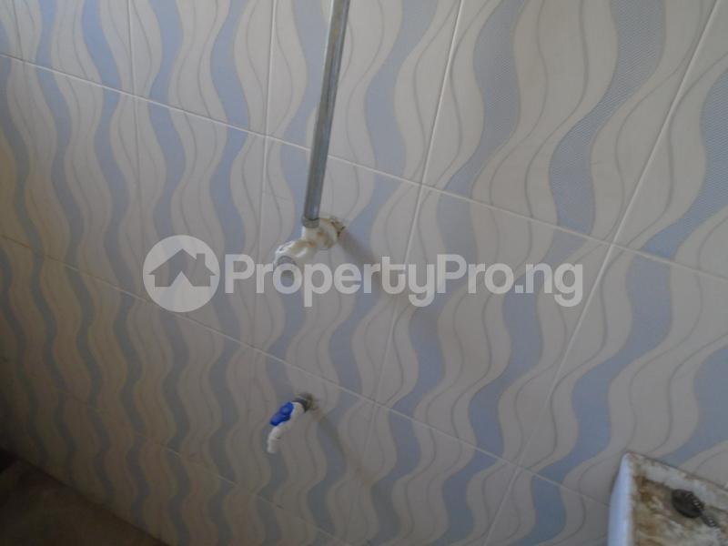 3 bedroom Blocks of Flats House for rent secure close at mangoro Mangoro Ikeja Lagos - 13