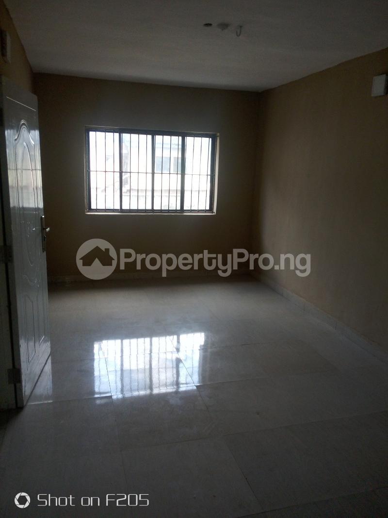 5 bedroom Flat / Apartment for rent Apple estate Amuwo Odofin Lagos - 7