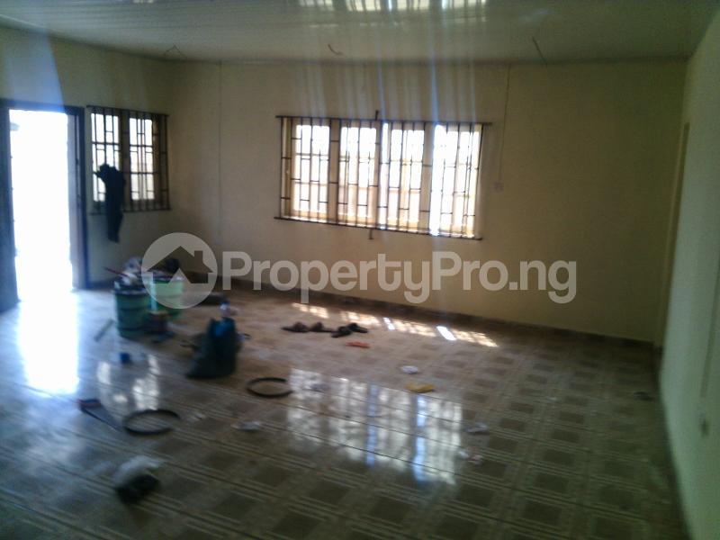 5 bedroom Detached Bungalow House for sale ERUWE LEADWAY JUNCTION Ikorodu Ikorodu Lagos - 5