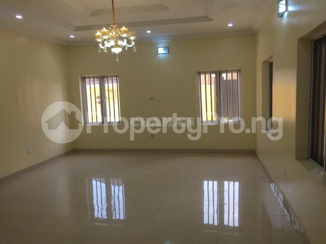5 bedroom Semi Detached Duplex House for rent estate Adeniyi Jones Ikeja Lagos - 24