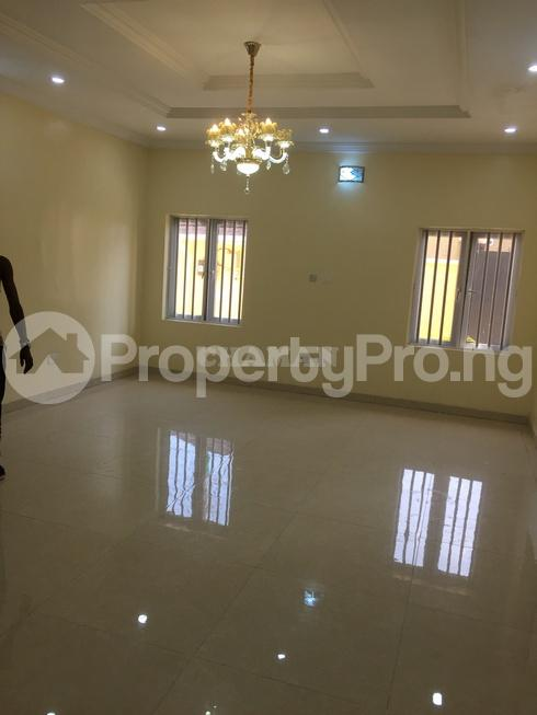 5 bedroom Semi Detached Duplex House for rent estate Adeniyi Jones Ikeja Lagos - 22