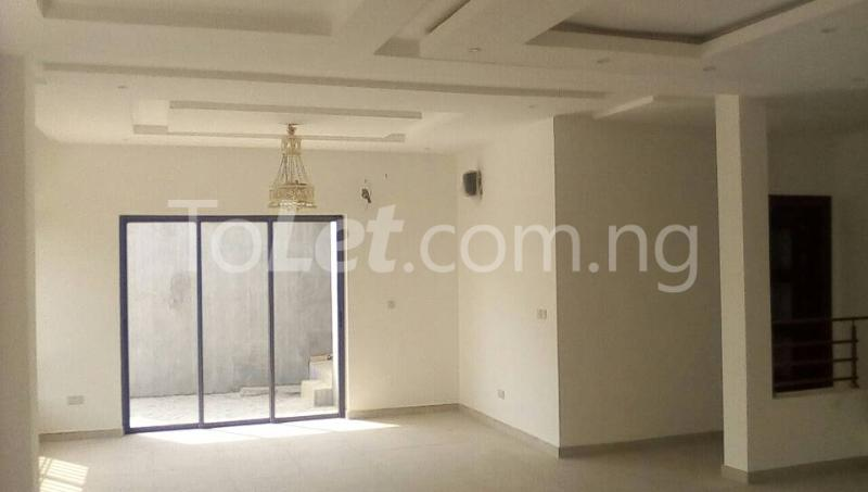 5 bedroom House for sale beach zone Jakande Lekki Lagos - 6