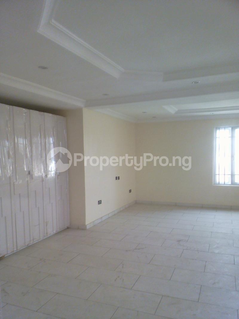 5 bedroom Semi Detached Duplex House for rent Lekki Phase 1 Lekki Lagos - 18