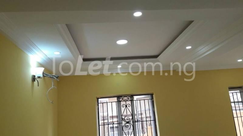 6 bedroom House for sale Journalist estate,, along Lagos-Ibadan expressway  Arepo Arepo Ogun - 7
