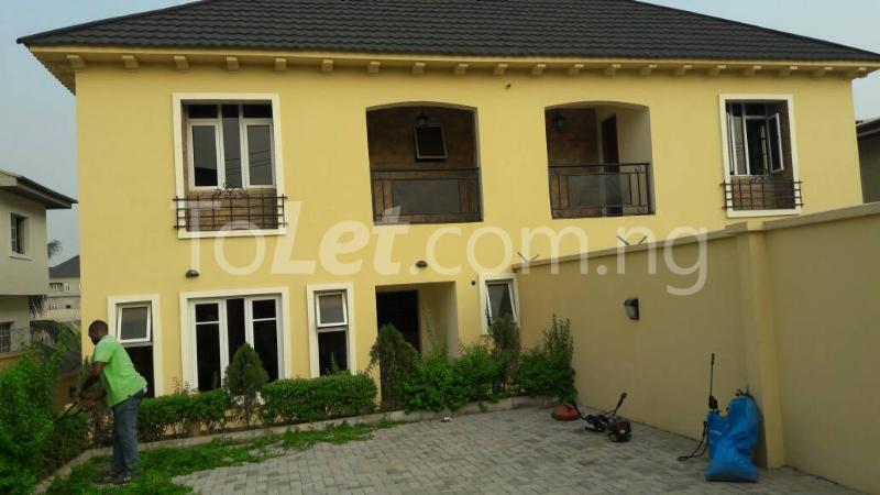 6 bedroom House for sale Journalist estate,, along Lagos-Ibadan expressway  Arepo Arepo Ogun - 2