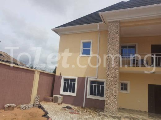6 bedroom House for sale Ezike street, Transekulu Enugu. Enugu Enugu - 2