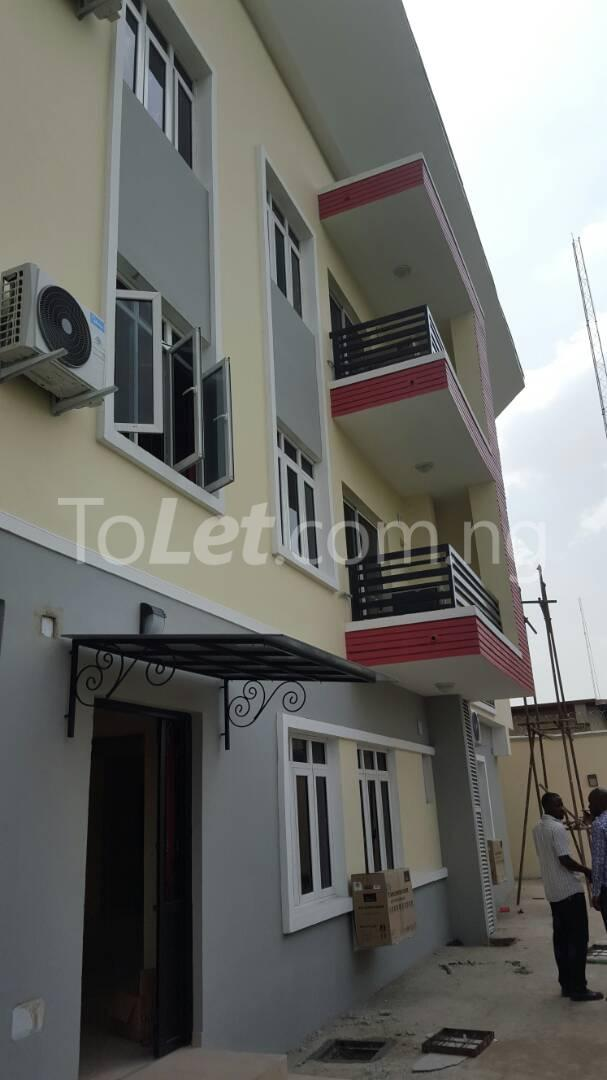 3 bedroom Flat / Apartment for sale Mende Mende Maryland Lagos - 3