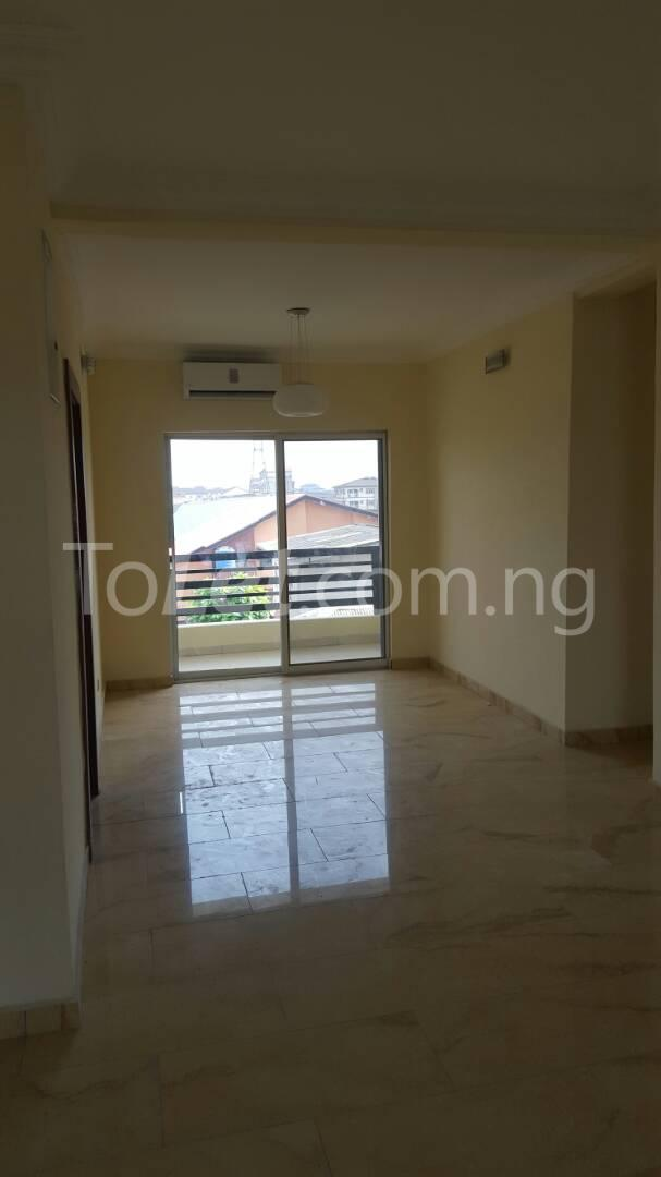 3 bedroom Flat / Apartment for sale Mende Mende Maryland Lagos - 17