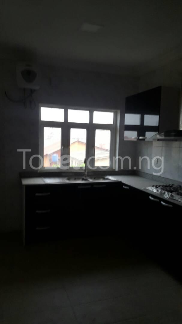 3 bedroom Flat / Apartment for sale Mende Mende Maryland Lagos - 11
