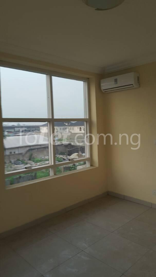 3 bedroom Flat / Apartment for sale Mende Mende Maryland Lagos - 12