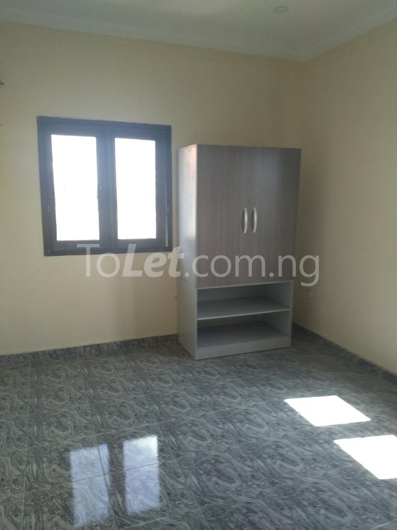 3 bedroom Flat / Apartment for sale Sabo Sabo Yaba Lagos - 5
