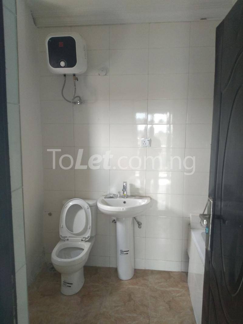 3 bedroom Flat / Apartment for sale Sabo Sabo Yaba Lagos - 8