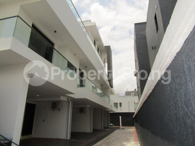 4 bedroom Terraced Duplex House for sale Banana Island Ikoyi Lagos - 4