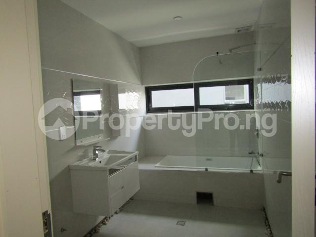 4 bedroom Terraced Duplex House for sale Banana Island Ikoyi Lagos - 32