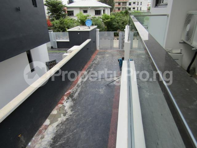 4 bedroom Terraced Duplex House for sale Banana Island Ikoyi Lagos - 31