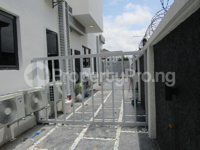 4 bedroom Terraced Duplex House for sale Banana Island Ikoyi Lagos - 46