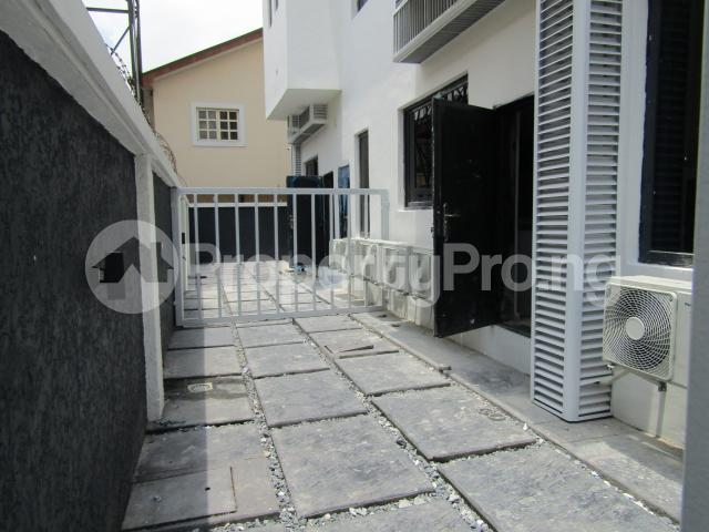 4 bedroom Terraced Duplex House for sale Banana Island Ikoyi Lagos - 45