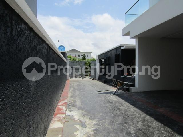 4 bedroom Terraced Duplex House for sale Banana Island Ikoyi Lagos - 3