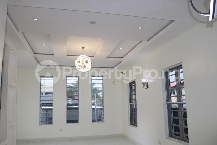 3 bedroom Detached Bungalow House for sale Thomas Estate Thomas estate Ajah Lagos - 18