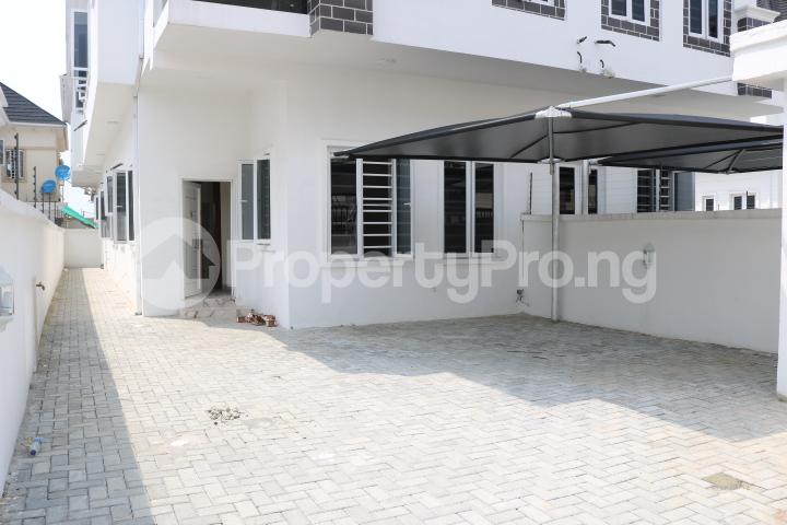4 bedroom Semi Detached Duplex House for sale Chevron Estate chevron Lekki Lagos - 5