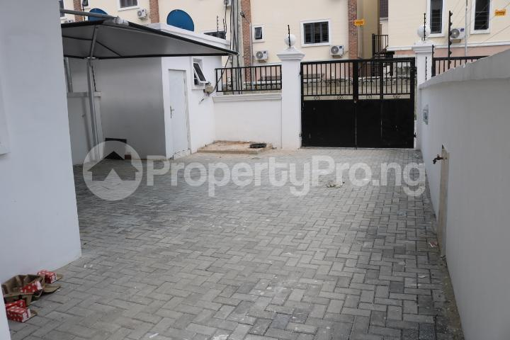 4 bedroom Semi Detached Duplex House for sale Chevron Estate chevron Lekki Lagos - 6