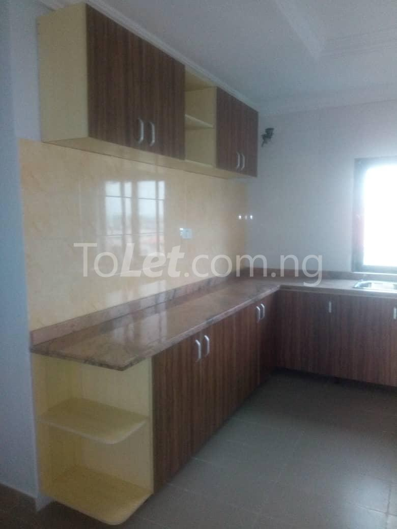 3 bedroom Flat / Apartment for rent - Sabo Yaba Lagos - 5