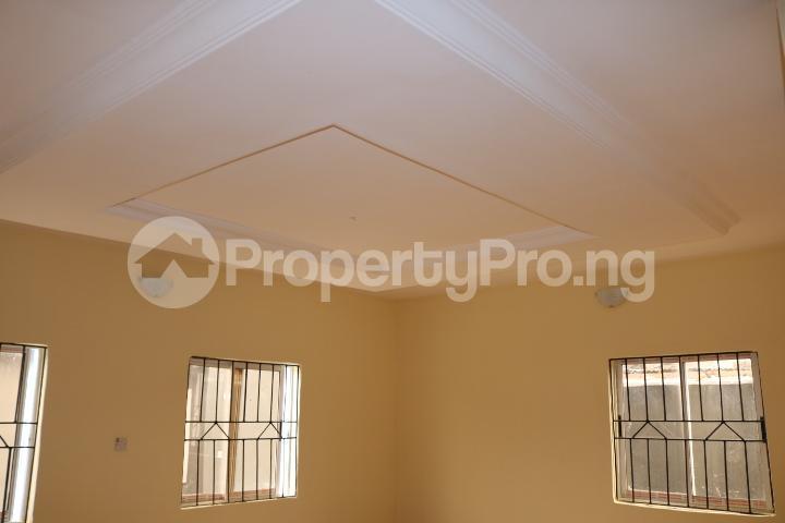 2 bedroom Flat / Apartment for rent Lafiaji Community Lekki Lagos - 9