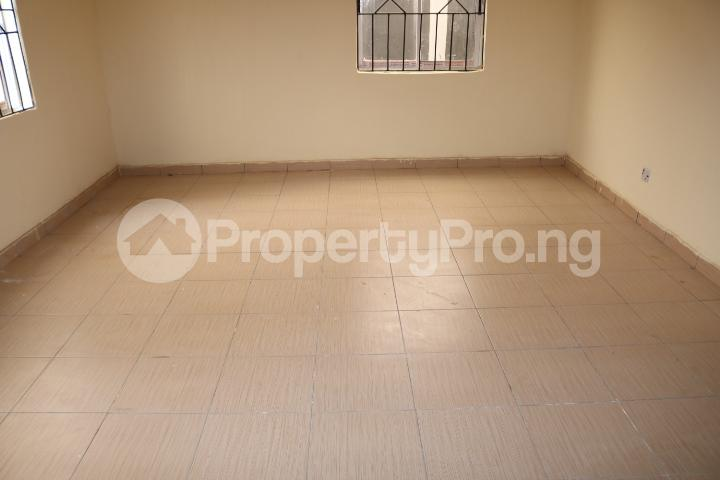 2 bedroom Flat / Apartment for rent Lafiaji Community Lekki Lagos - 4