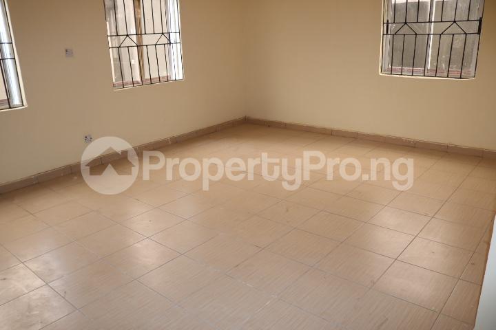 2 bedroom Flat / Apartment for rent Lafiaji Community Lekki Lagos - 8