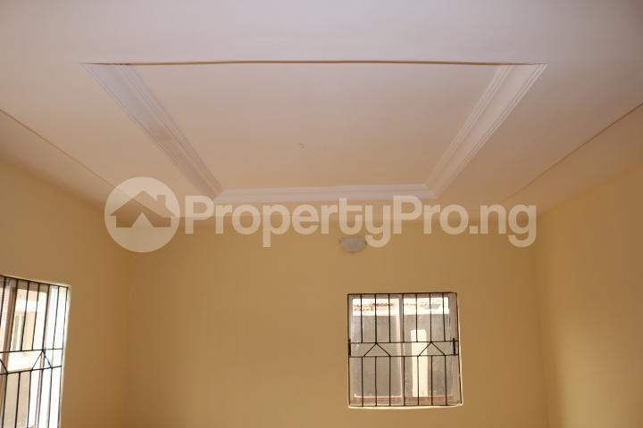 2 bedroom Flat / Apartment for rent Lafiaji Community Lekki Lagos - 5