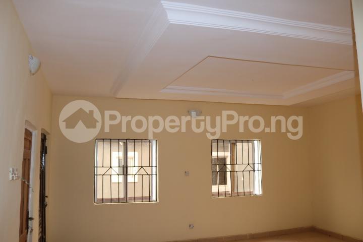 2 bedroom Flat / Apartment for rent Lafiaji Community Lekki Lagos - 11