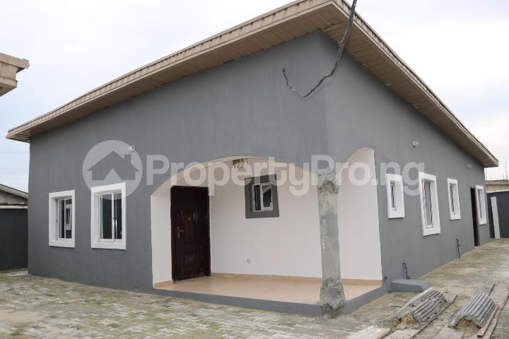 2 bedroom Flat / Apartment for rent Lafiaji Community Lekki Lagos - 0