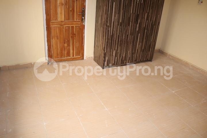 2 bedroom Flat / Apartment for rent Lafiaji Community Lekki Lagos - 22