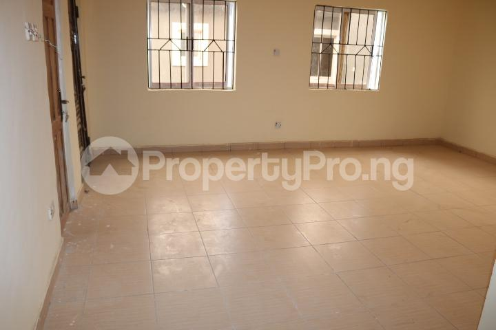 2 bedroom Flat / Apartment for rent Lafiaji Community Lekki Lagos - 10