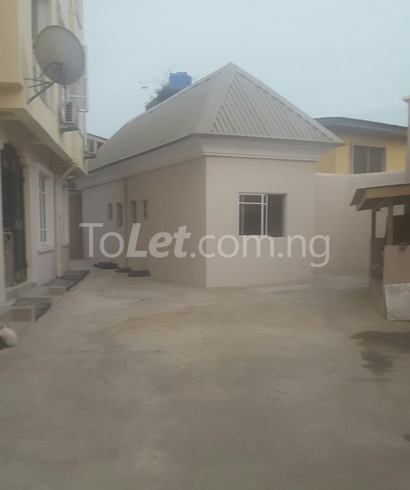 3 bedroom Flat / Apartment for rent Surulere Lagos Ojuelegba Surulere Lagos - 6