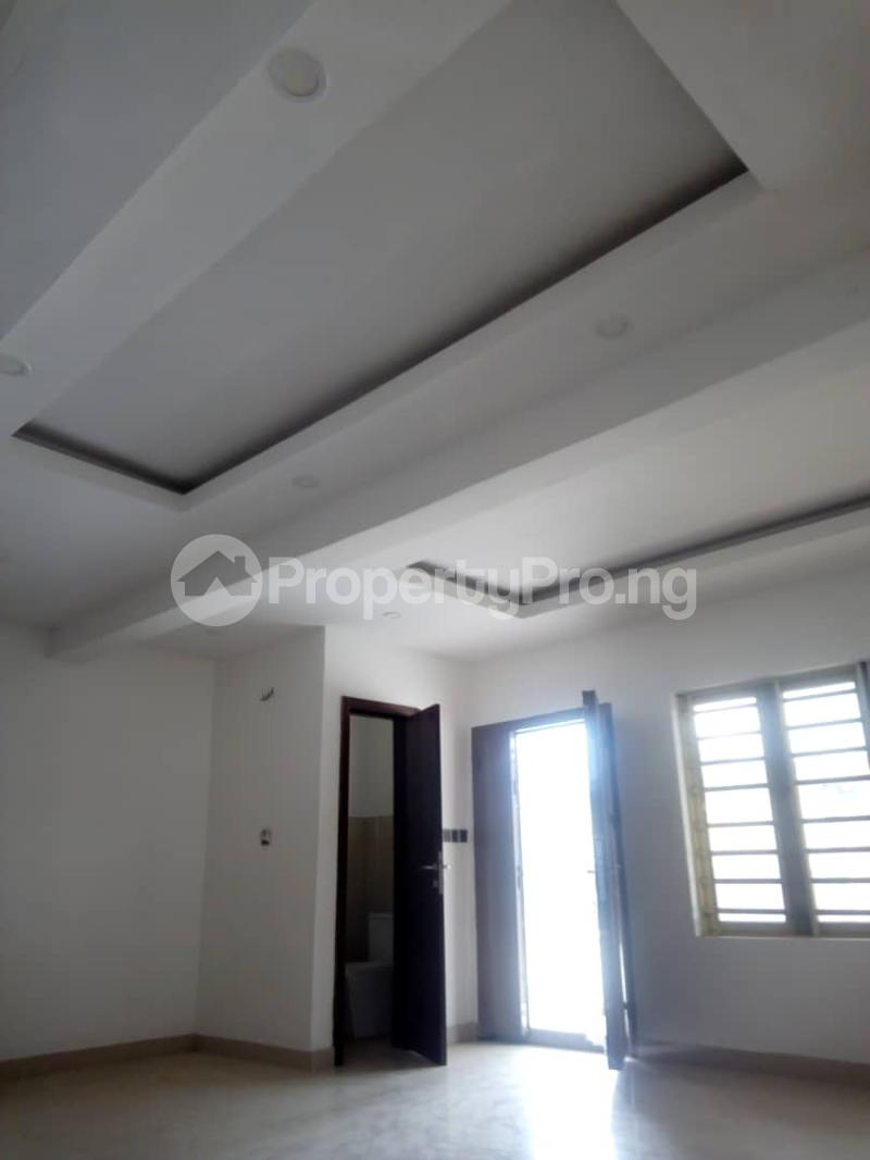 4 bedroom Terraced Duplex House for sale - Iponri Surulere Lagos - 3