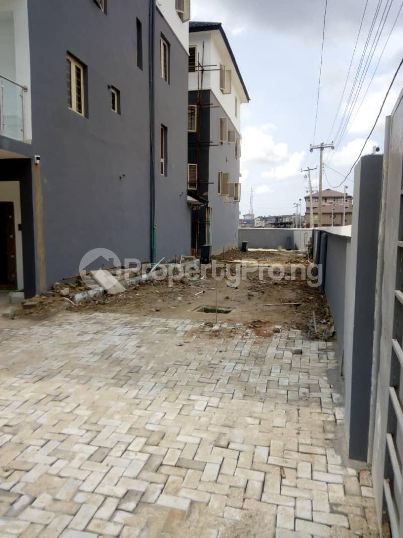 4 bedroom Terraced Duplex House for sale - Iponri Surulere Lagos - 2