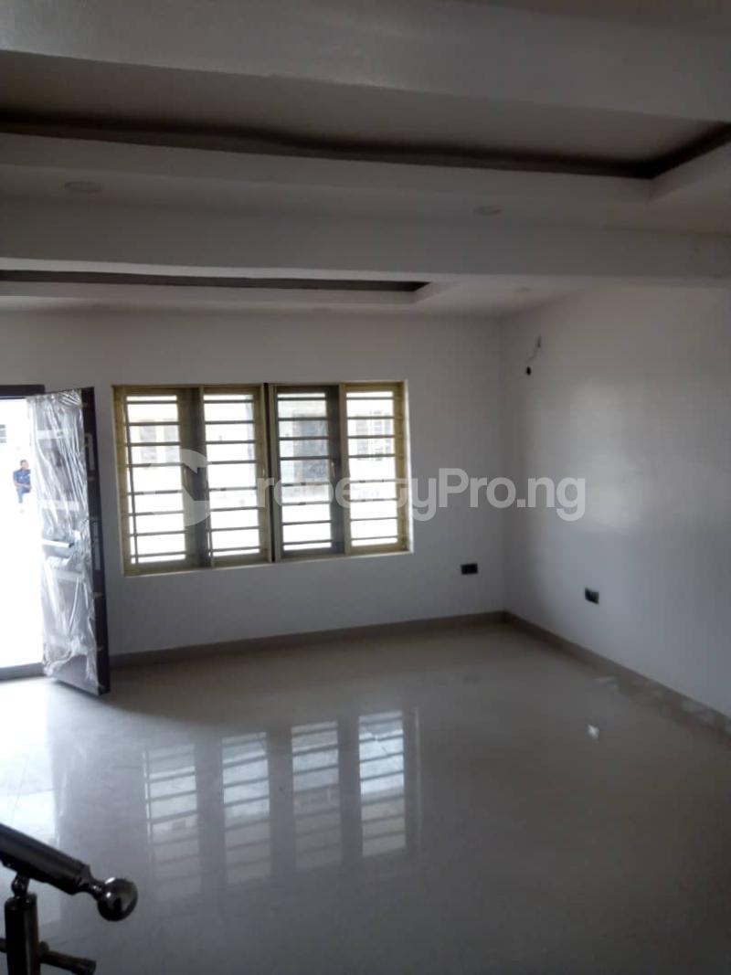 4 bedroom Terraced Duplex House for sale - Iponri Surulere Lagos - 10