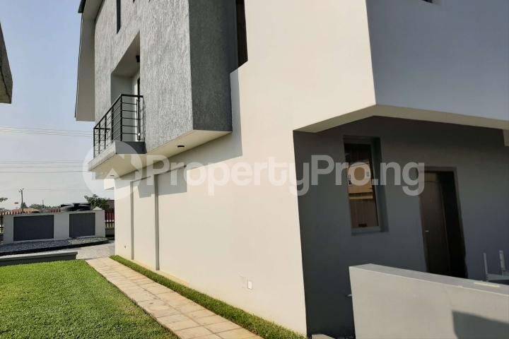 3 bedroom Terraced Duplex House for sale Beachwood Estate Ibeju-Lekki Lagos - 64