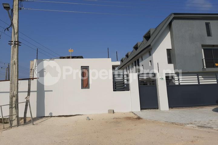 3 bedroom Terraced Duplex House for sale Beachwood Estate Ibeju-Lekki Lagos - 1