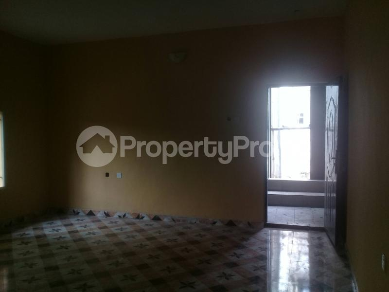 1 bedroom mini flat  Flat / Apartment for rent Cocaine Estate, Aba Road  Port Harcourt Rivers - 10
