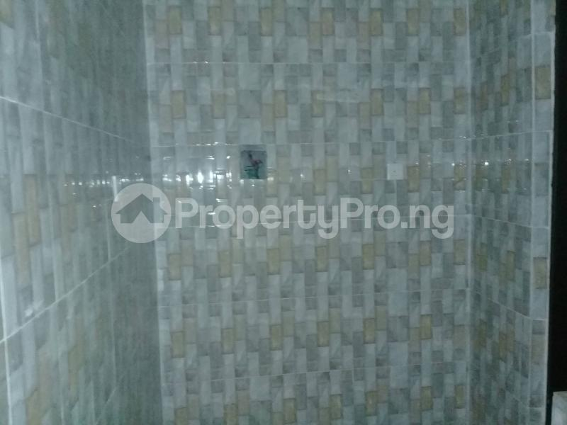 1 bedroom mini flat  Flat / Apartment for rent Cocaine Estate, Aba Road  Port Harcourt Rivers - 3