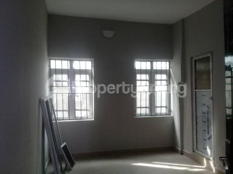 1 bedroom mini flat  Flat / Apartment for rent Cocaine Estate, Aba Road  Port Harcourt Rivers - 7