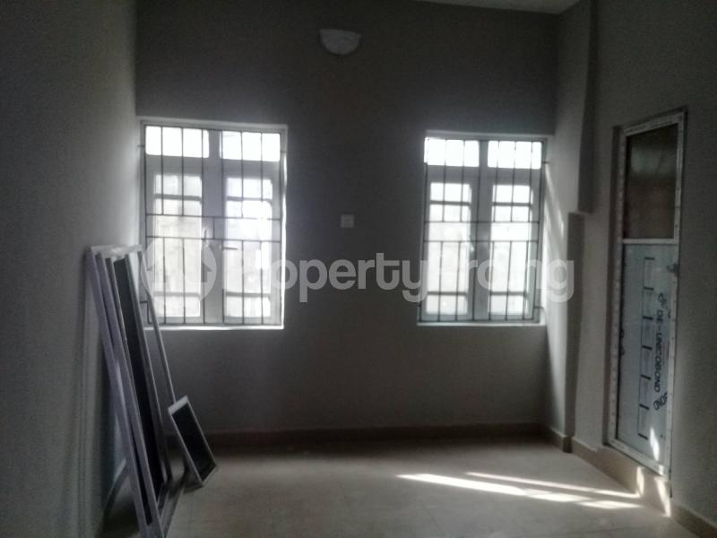 1 bedroom mini flat  Flat / Apartment for rent Cocaine Estate, Aba Road  Port Harcourt Rivers - 6