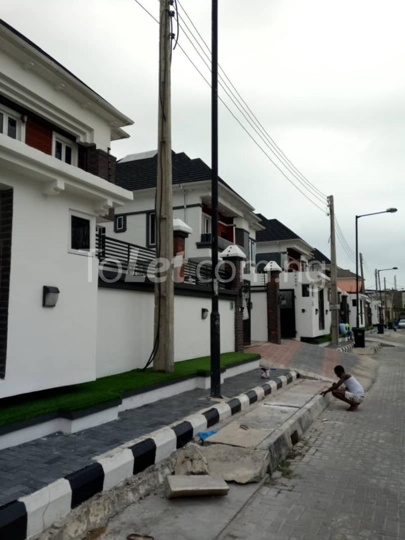 5 bedroom Detached Duplex House for sale Osapa, close to ShopRite Osapa london Lekki Lagos - 9